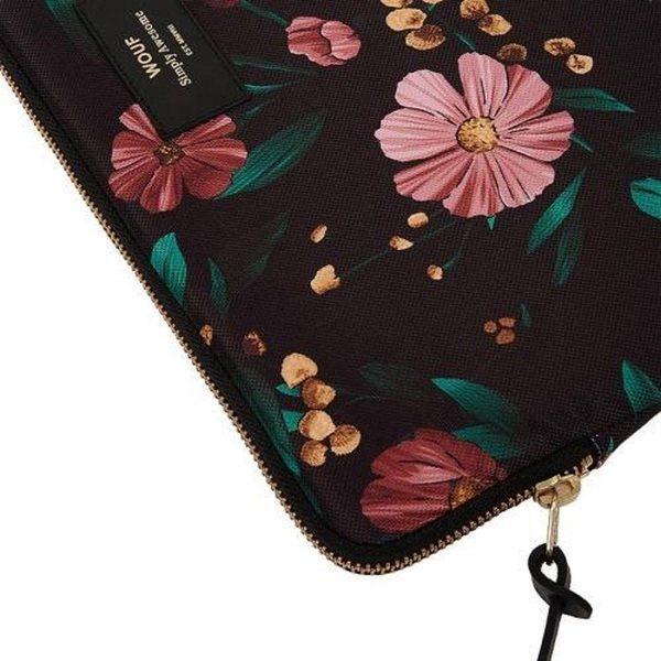 "Black Flowers Laptophoes 13"" detail"