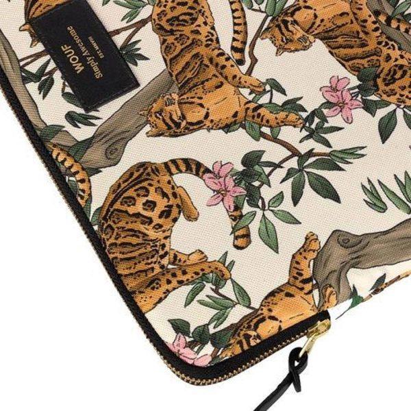 "Lazy Jungle Laptophoes 13"" detail"