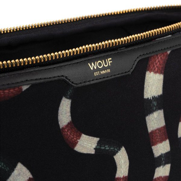 Wouf Snakes velvet laptophoes 13 inch 3